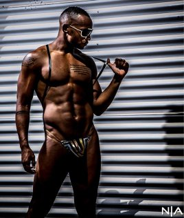 09-ss2018-photographer-frank-wise-model-allante
