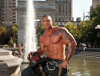 new-york-city-2013-firefighter-calendars-0